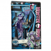 monster-high-scare-mester-twyla-in-box