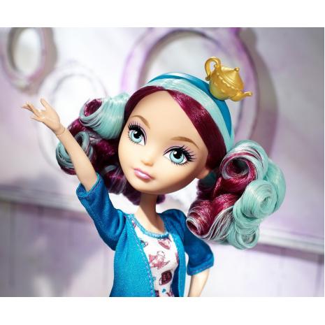 """Кукла Ever After High  """"Долго и Счастливо"""" Становиться прекраснее - Мэделин Хэттер (Madeline Hatter) в ободке с чайником"""
